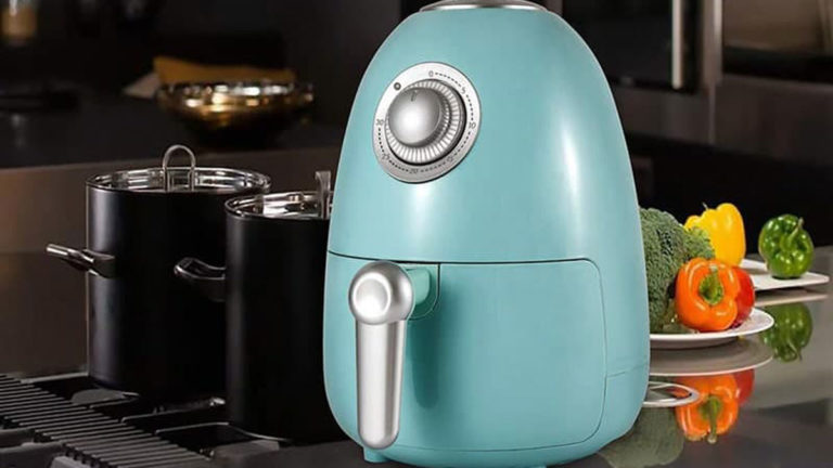 Top 6 Best Small Air Fryer in 2020: Reviews & Buying Guide